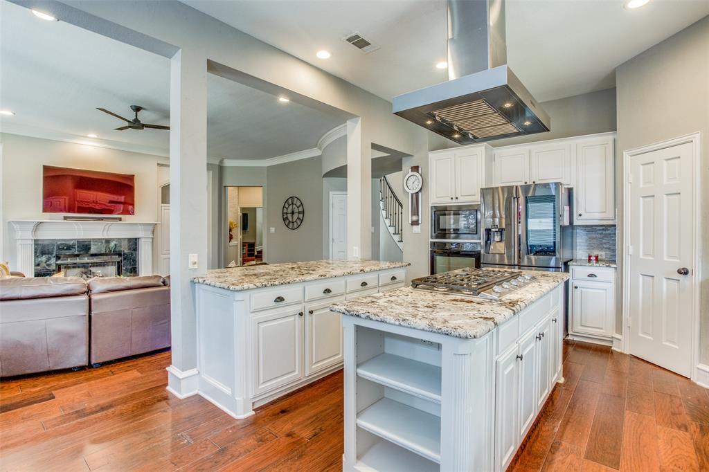 8301 Strecker  Lane, Plano, Texas 75025 - acquisto real estate best listing agent in the nation shana acquisto estate realtor