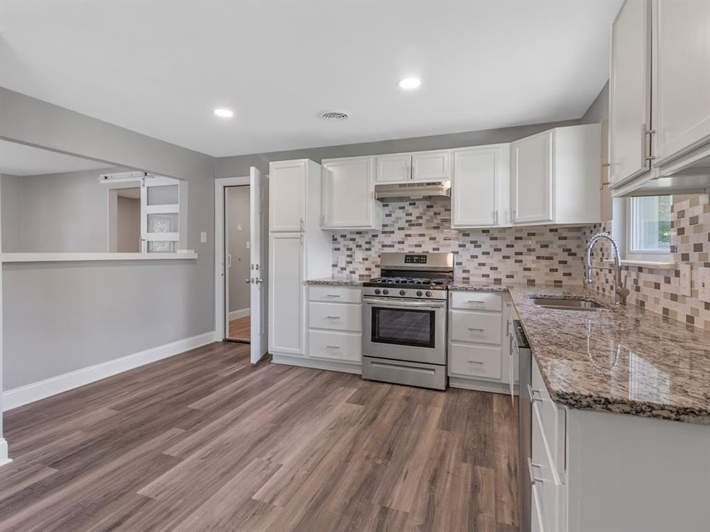 309 Huitt  Lane, Euless, Texas 76040 - acquisto real estate best real estate company to work for