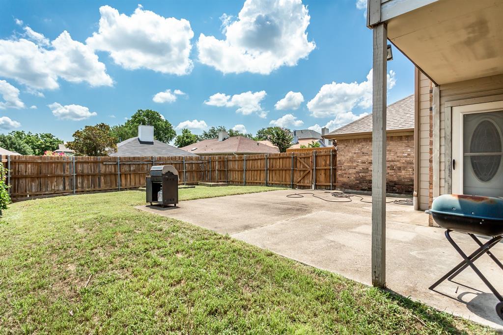 5118 Glen Vista  Drive, Garland, Texas 75044 - acquisto real estate best real estate follow up system katy mcgillen