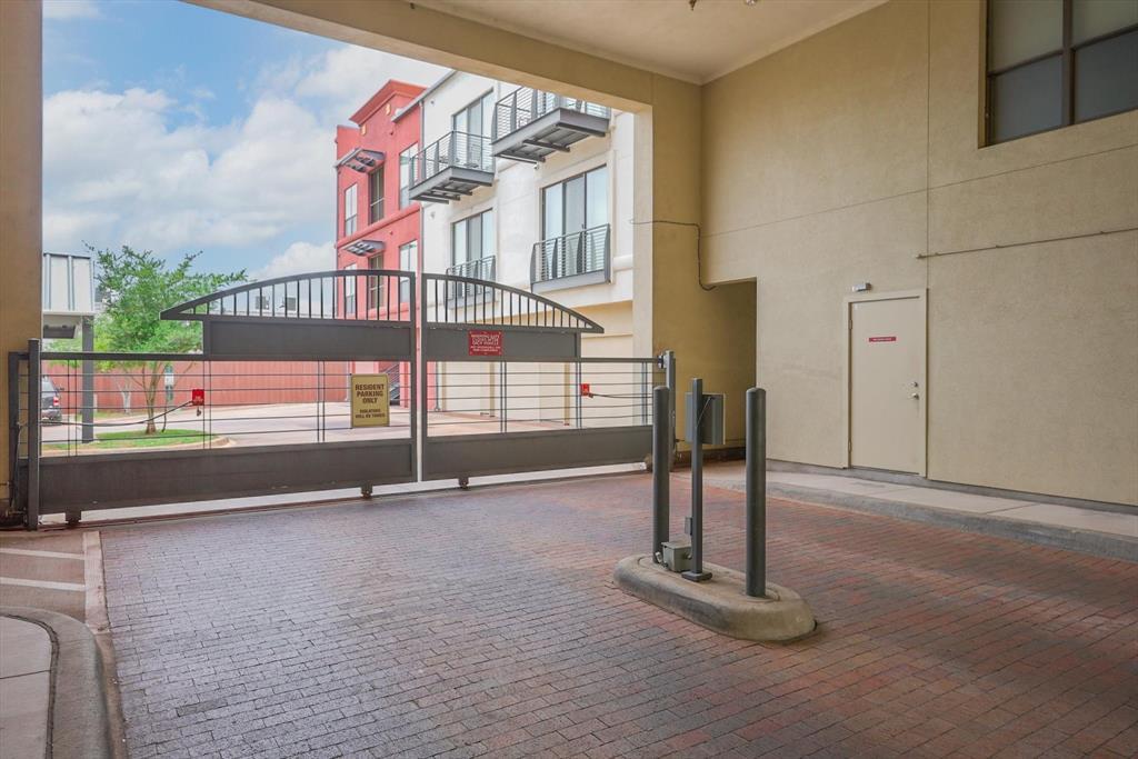 4605 Cedar Springs  Road, Dallas, Texas 75219 - acquisto real estate best photo company frisco 3d listings