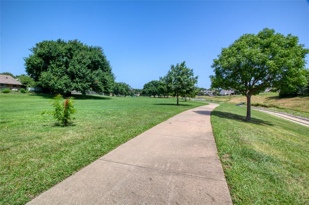 719 Creekwood  Court, Lewisville, Texas 75067 - acquisto real estate best looking realtor in america shana acquisto