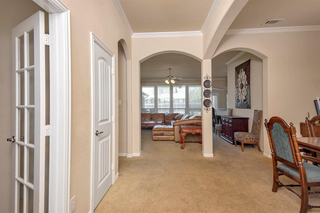 2725 Los Gatos  Lane, Fort Worth, Texas 76131 - acquisto real estate agent of the year mike shepherd