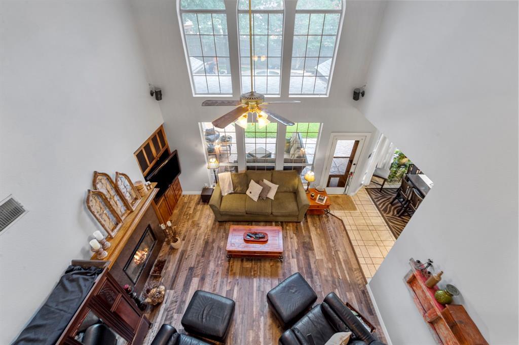8324 Thorncrest  Court, North Richland Hills, Texas 76182 - acquisto real estate best negotiating realtor linda miller declutter realtor