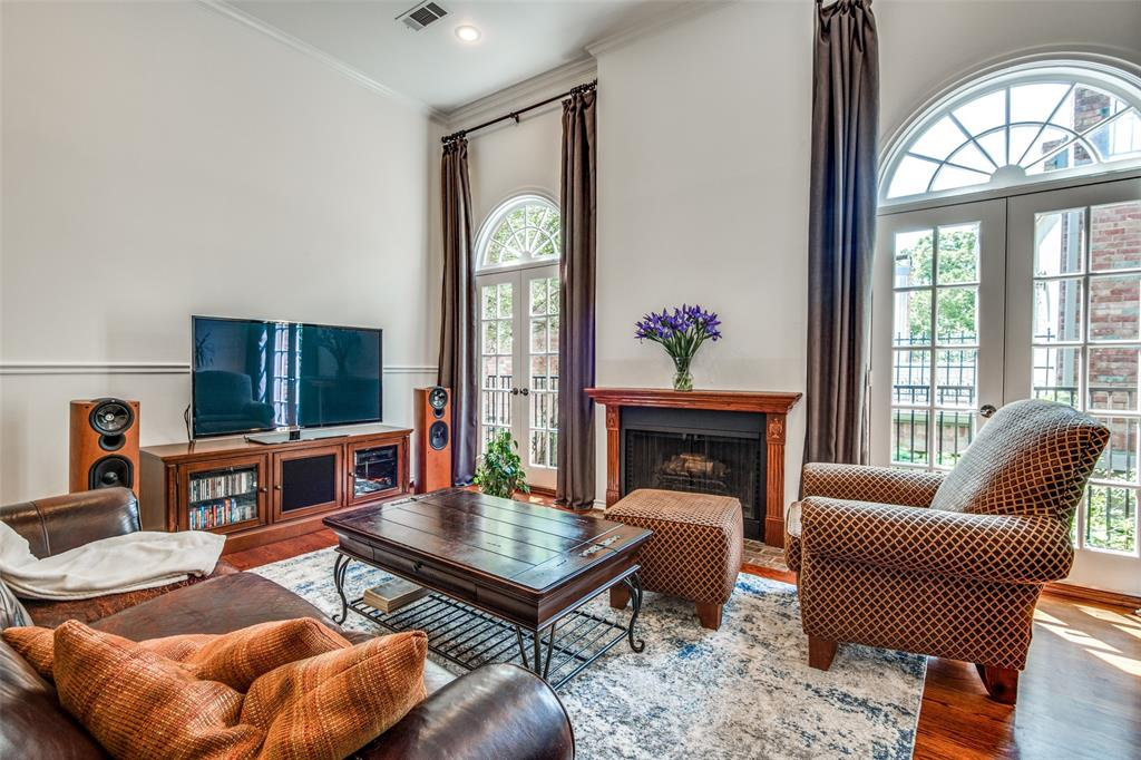 4519 Gilbert  Avenue, Dallas, Texas 75219 - acquisto real estate best flower mound realtor jody daley lake highalands agent of the year