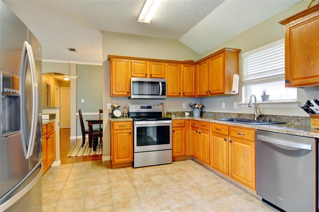 4701 Bluebird  Mansfield, Texas 76063 - acquisto real estate best highland park realtor amy gasperini fast real estate service
