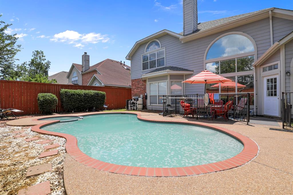 4204 Debbie  Drive, Grand Prairie, Texas 75052 - acquisto real estate best looking realtor in america shana acquisto