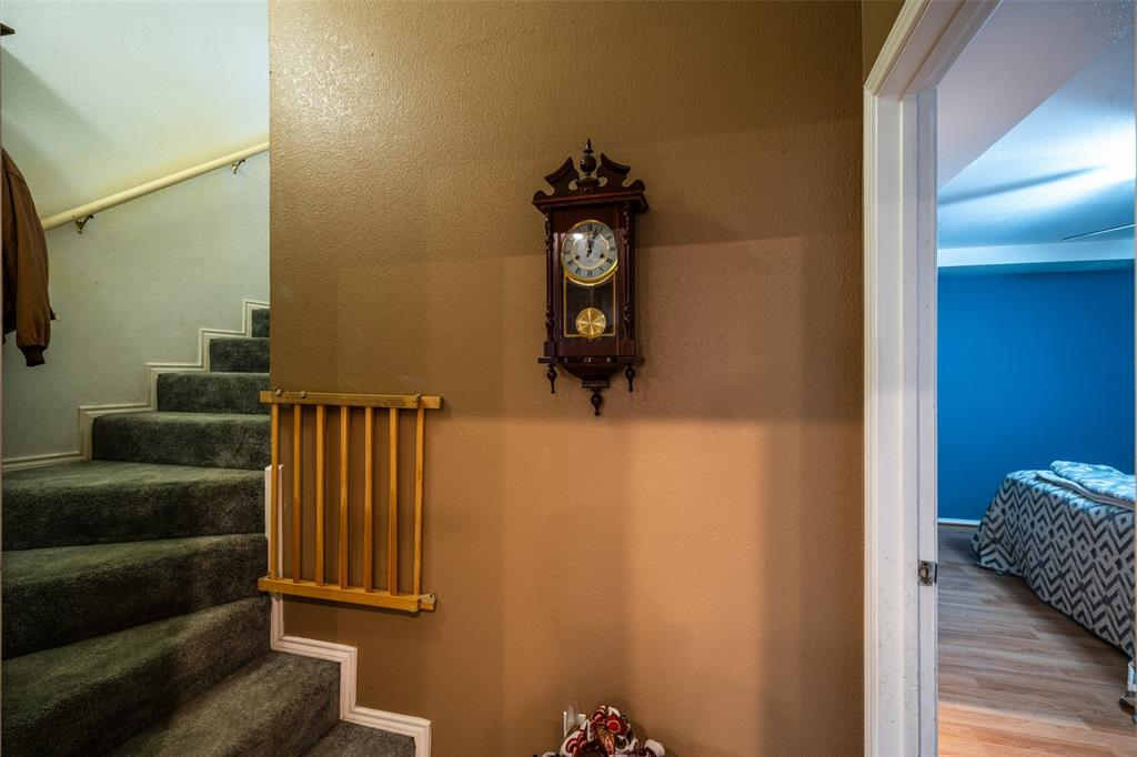 221 Sunrise  Court, Palmer, Texas 75152 - acquisto real estate best designer and realtor hannah ewing kind realtor