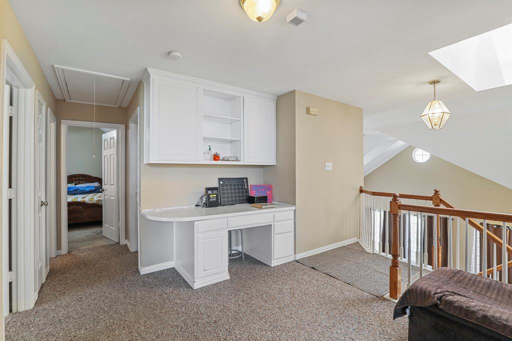 4204 Debbie  Drive, Grand Prairie, Texas 75052 - acquisto real estate best listing photos hannah ewing mckinney real estate expert