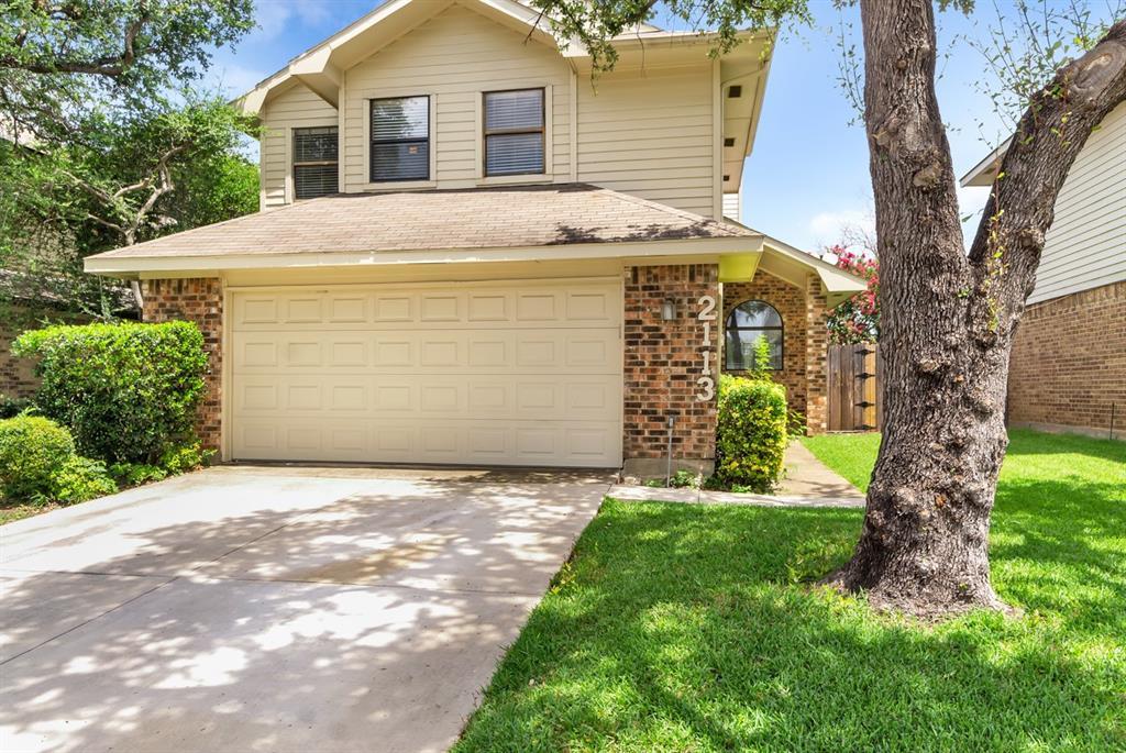 2113 Avignon  Drive, Carrollton, Texas 75007 - acquisto real estate best realtor dfw jody daley liberty high school realtor