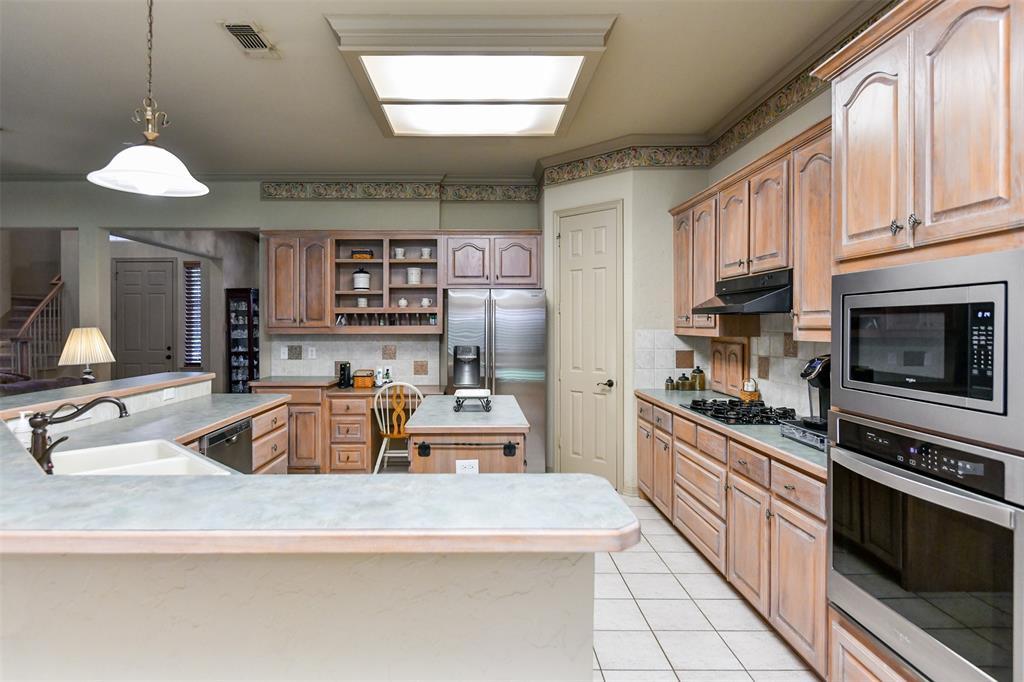 2434 SAVANNA  Circle, Midlothian, Texas 76065 - acquisto real estate best highland park realtor amy gasperini fast real estate service