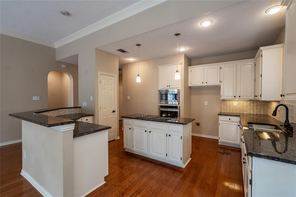2647 Garden Ridge  Lane, Arlington, Texas 76006 - acquisto real estate best listing listing agent in texas shana acquisto rich person realtor
