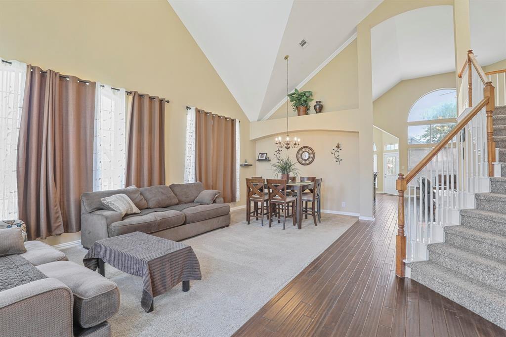 4204 Debbie  Drive, Grand Prairie, Texas 75052 - acquisto real estate best allen realtor kim miller hunters creek expert