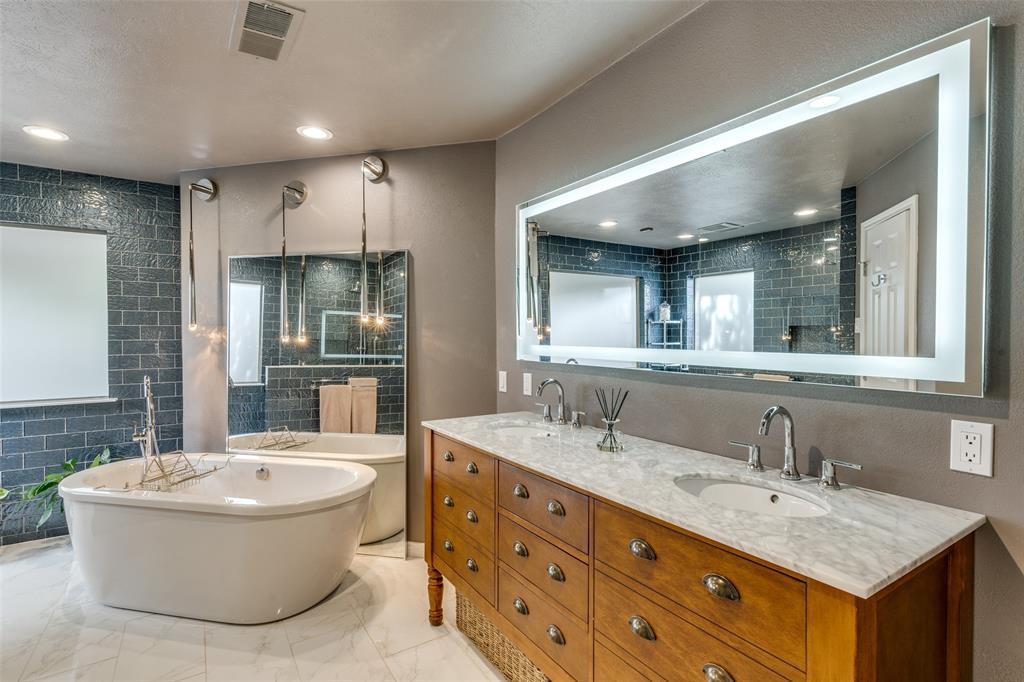 5743 Buffridge  Trail, Dallas, Texas 75252 - acquisto real estate best frisco real estate agent amy gasperini panther creek realtor