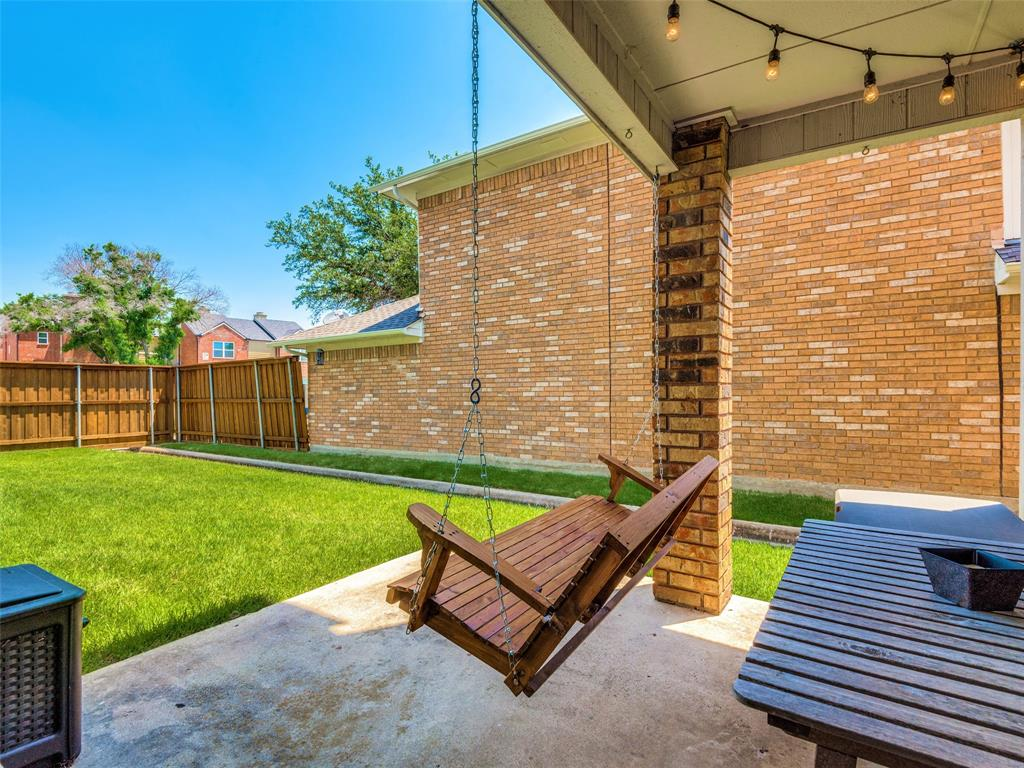 1607 San Francisco  Street, Carrollton, Texas 75007 - acquisto real estate best frisco real estate agent amy gasperini panther creek realtor