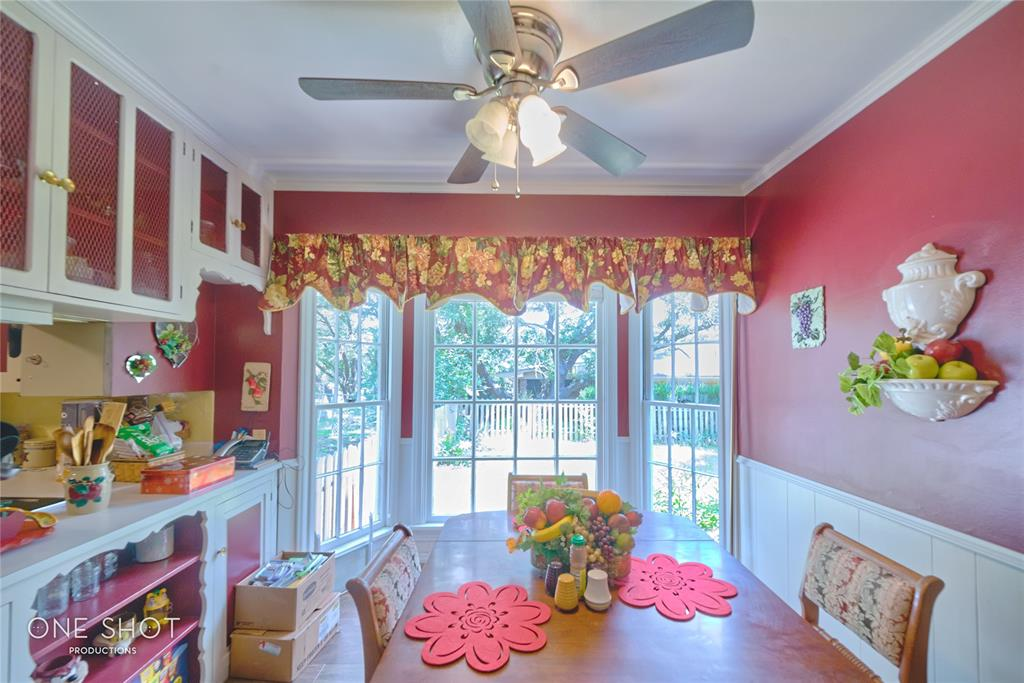 307 Hillcrest  Avenue, Eastland, Texas 76448 - acquisto real estate best listing listing agent in texas shana acquisto rich person realtor
