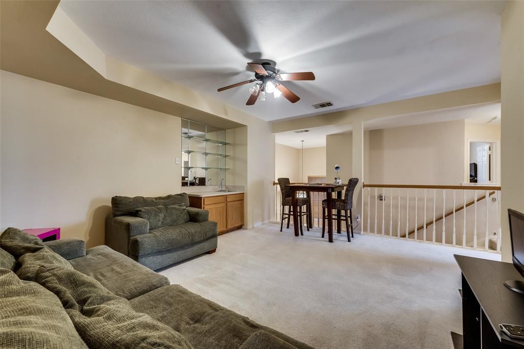 6319 Pierce Arrow  Drive, Arlington, Texas 76001 - acquisto real estate best photos for luxury listings amy gasperini quick sale real estate