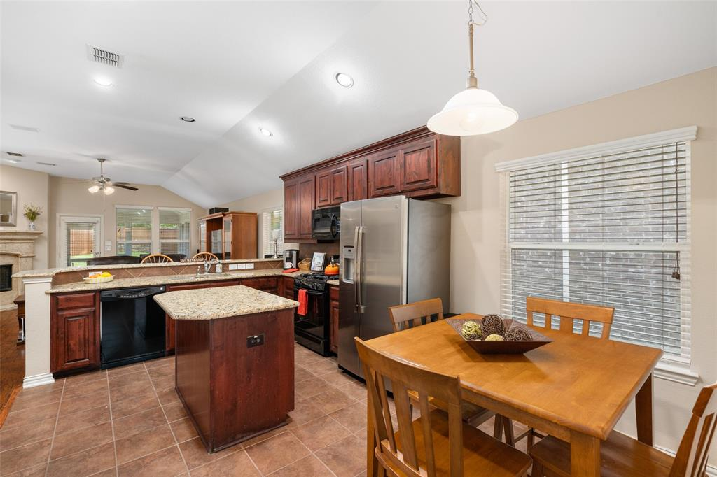 1901 Hidden Fairway  Drive, Wylie, Texas 75098 - acquisto real estate best listing agent in the nation shana acquisto estate realtor