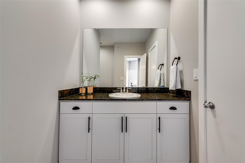 4414 Cedar Springs  Road, Dallas, Texas 75219 - acquisto real estate best negotiating realtor linda miller declutter realtor
