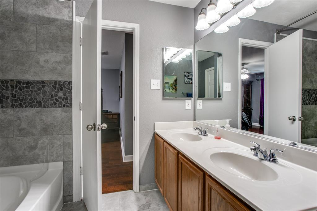 841 San Miguel  Trail, Fort Worth, Texas 76052 - acquisto real estate best negotiating realtor linda miller declutter realtor