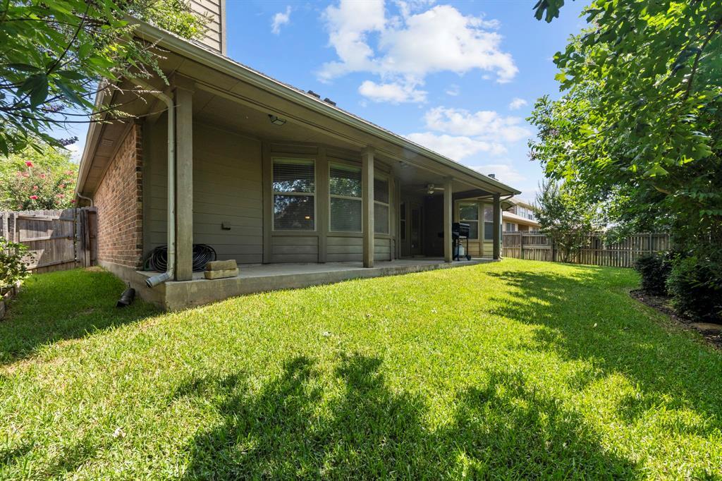 405 Bryn Mawr  Lane, Van Alstyne, Texas 75495 - acquisto real estate best realtor dfw jody daley liberty high school realtor