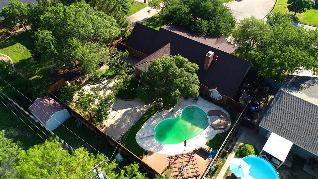 1600 Kiowa  Drive, Big Spring, Texas 79720 - Acquisto Real Estate best plano realtor mike Shepherd home owners association expert