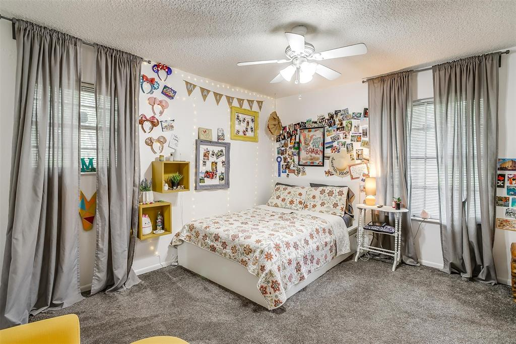 1010 Yvonne  Drive, Joshua, Texas 76058 - acquisto real estaet best boutique real estate firm in texas for high net worth sellers
