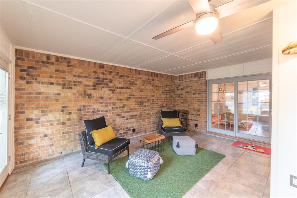 3413 Wayland  Drive, Fort Worth, Texas 76133 - acquisto real estate best plano real estate agent mike shepherd