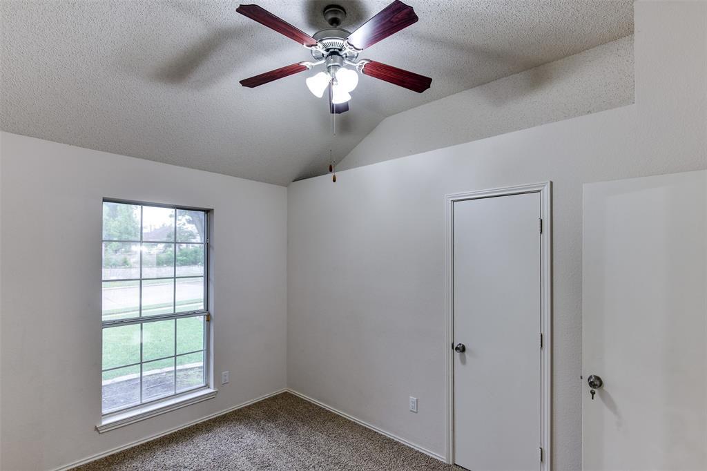 2107 Havenwood  Drive, Arlington, Texas 76018 - acquisto real estate best realtor dfw jody daley liberty high school realtor