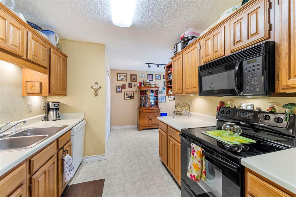 2112 Crestmeadow  Street, Denton, Texas 76207 - acquisto real estate best listing agent in the nation shana acquisto estate realtor