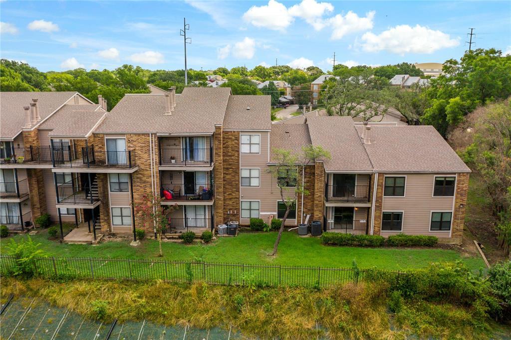 8109 Skillman  Street, Dallas, Texas 75231 - Acquisto Real Estate best plano realtor mike Shepherd home owners association expert