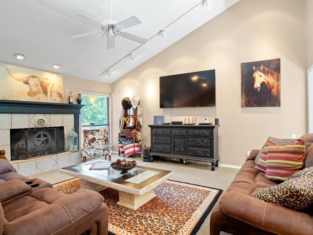 505 Oak Hollow  Lane, Fort Worth, Texas 76112 - acquisto real estate best allen realtor kim miller hunters creek expert