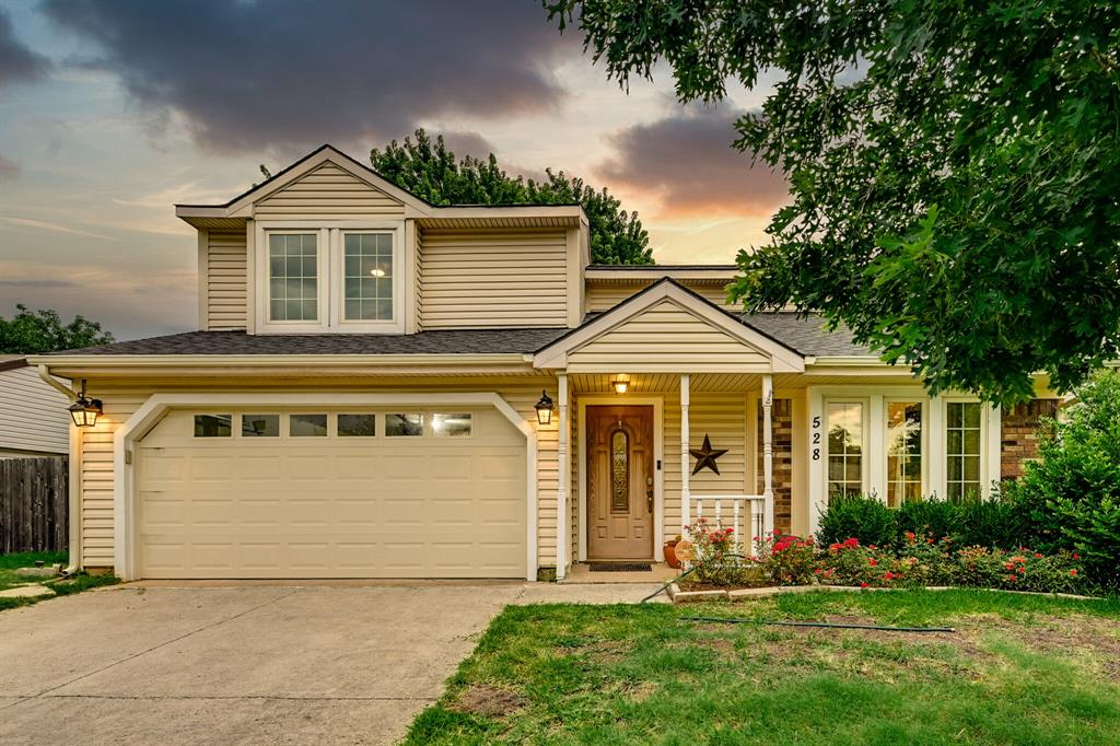 528 Yellowstone  Drive, Grapevine, Texas 76051 - Acquisto Real Estate best plano realtor mike Shepherd home owners association expert