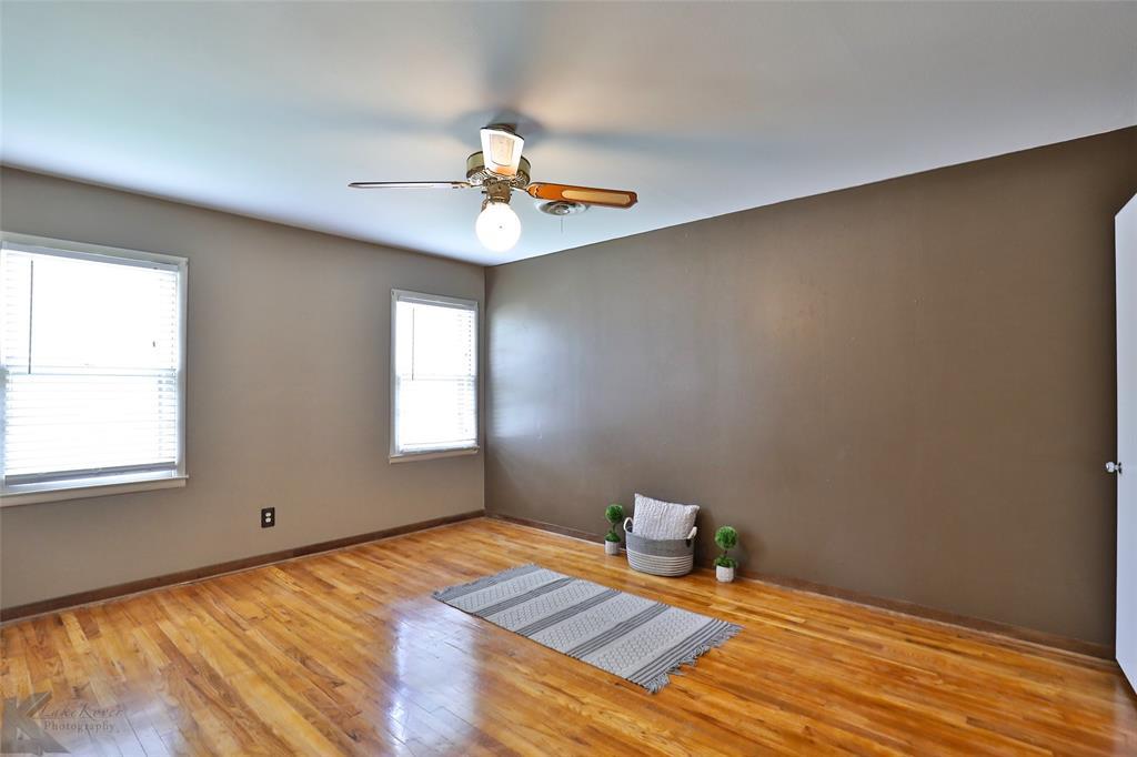 1402 Glenhaven  Drive, Abilene, Texas 79603 - acquisto real estate best frisco real estate agent amy gasperini panther creek realtor