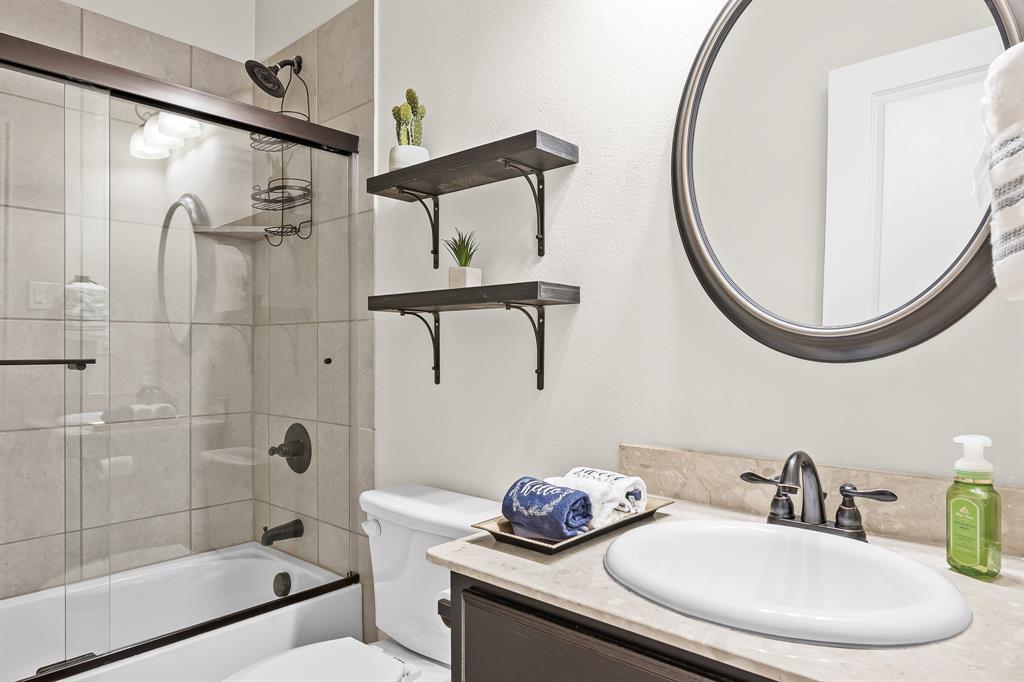 320 Emerald Creek  Drive, Fort Worth, Texas 76131 - acquisto real estate best celina realtor logan lawrence best dressed realtor