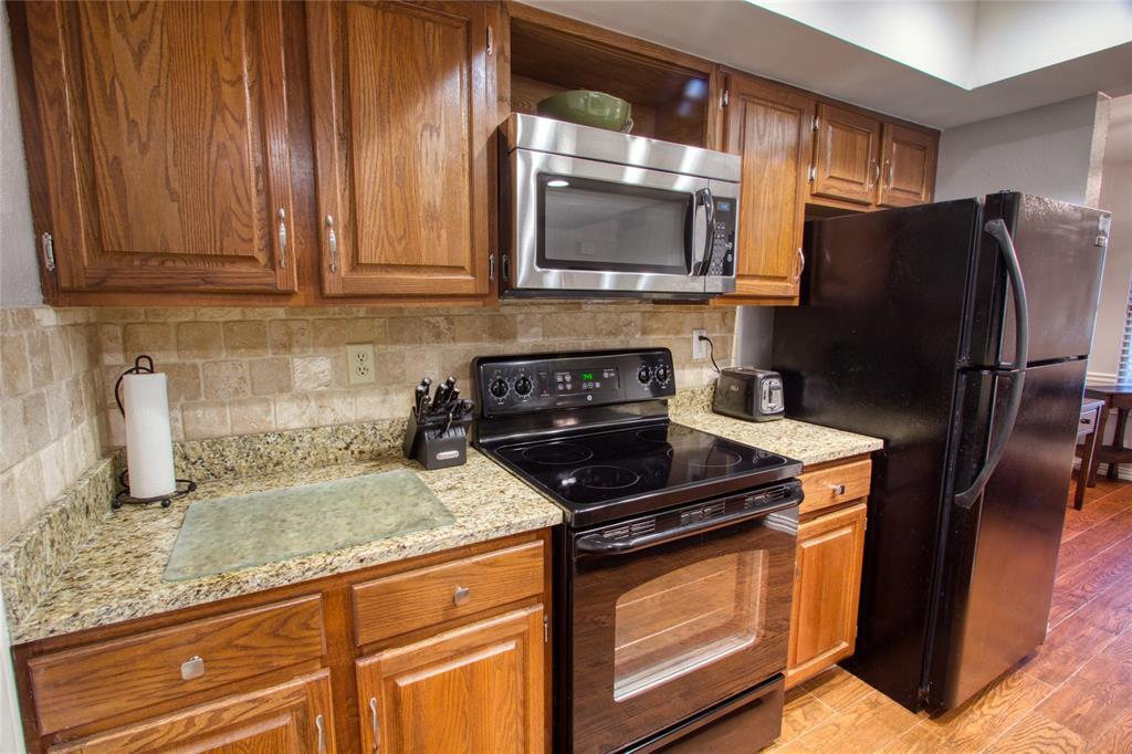719 Creekwood  Court, Lewisville, Texas 75067 - acquisto real estate best luxury buyers agent in texas shana acquisto inheritance realtor