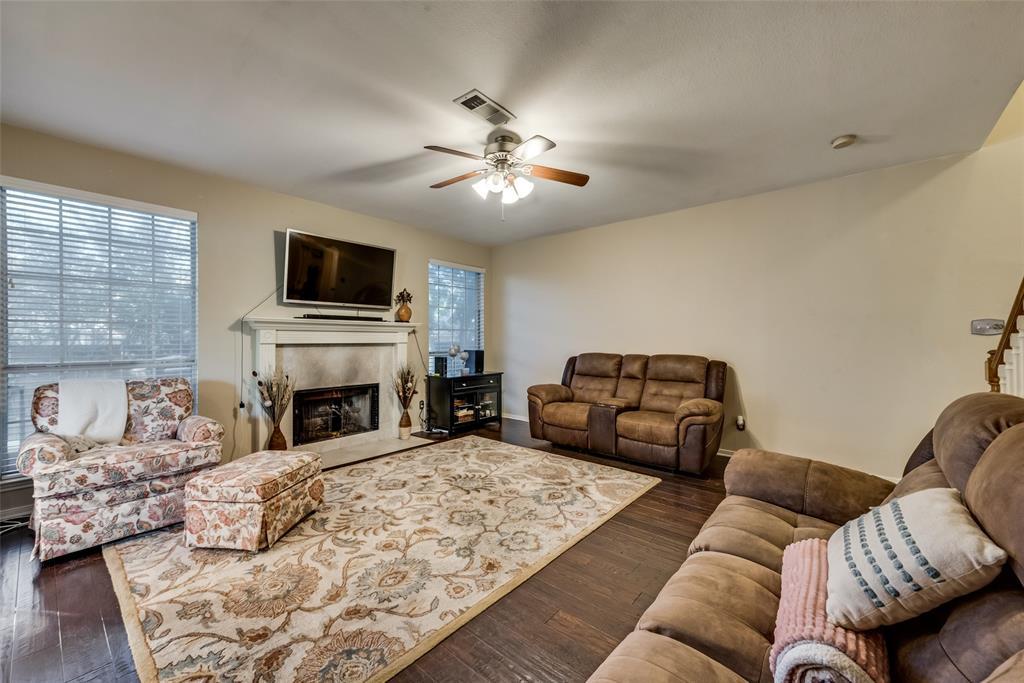6319 Pierce Arrow  Drive, Arlington, Texas 76001 - acquisto real estate best flower mound realtor jody daley lake highalands agent of the year