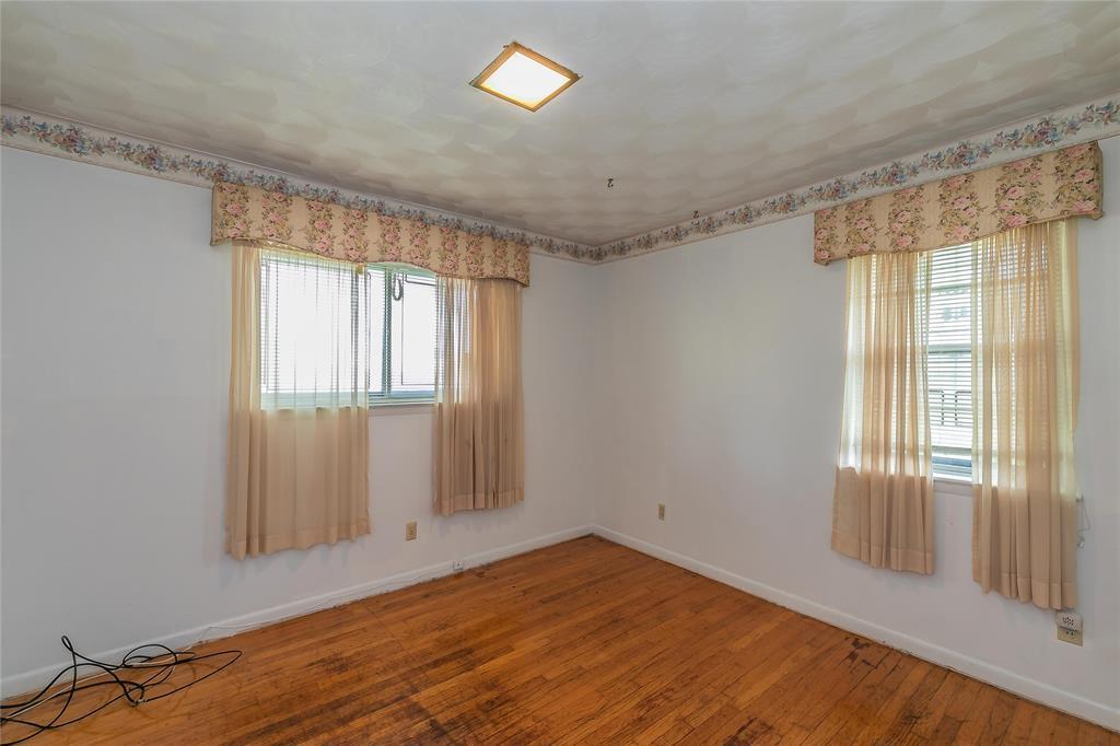 4341 Kolloch  Drive, Dallas, Texas 75216 - acquisto real estate best style realtor kim miller best real estate reviews dfw