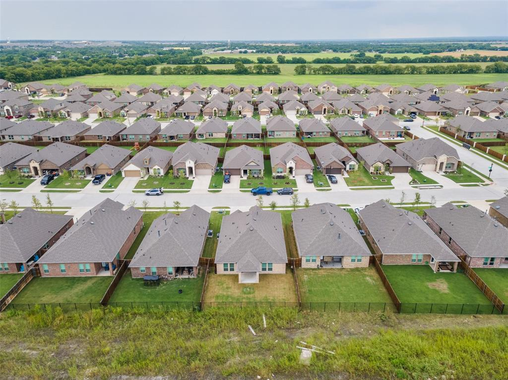 500 Cowboy  Way, Anna, Texas 75409 - acquisto real estate best plano real estate agent mike shepherd