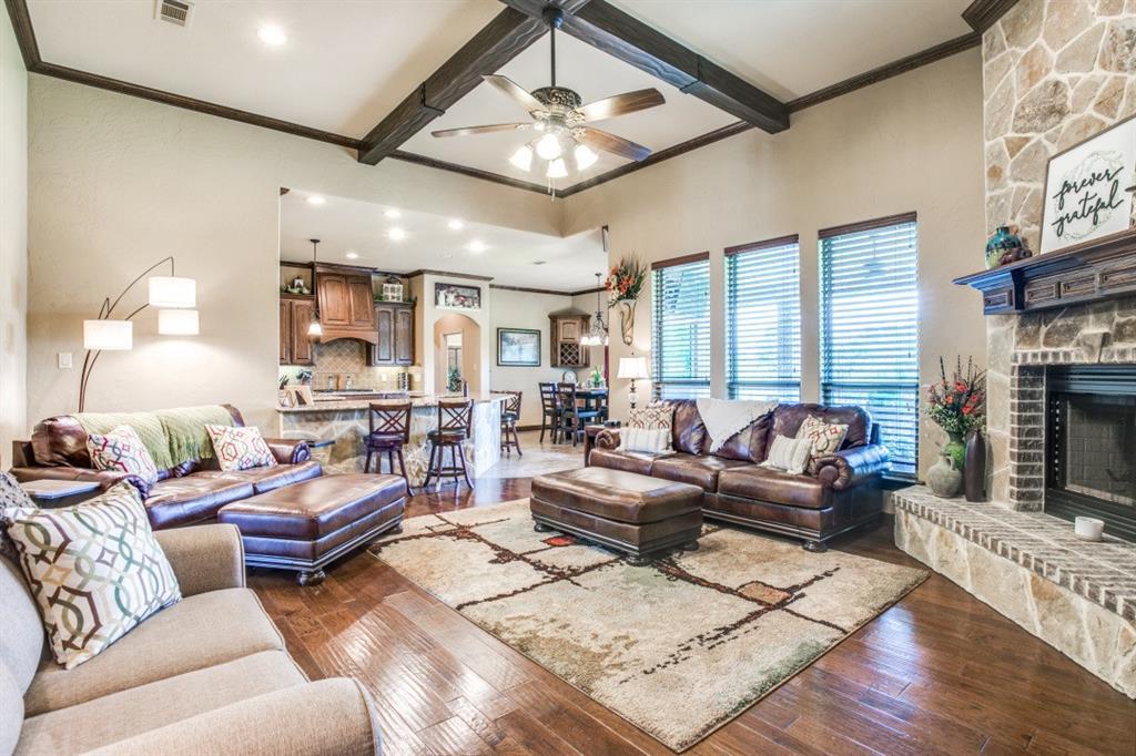 194 Horizon  Circle, Azle, Texas 76020 - acquisto real estate best the colony realtor linda miller the bridges real estate