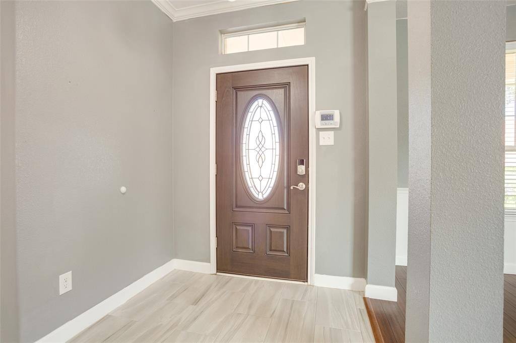 5712 Westgate  Drive, Fort Worth, Texas 76179 - acquisto real estate best allen realtor kim miller hunters creek expert