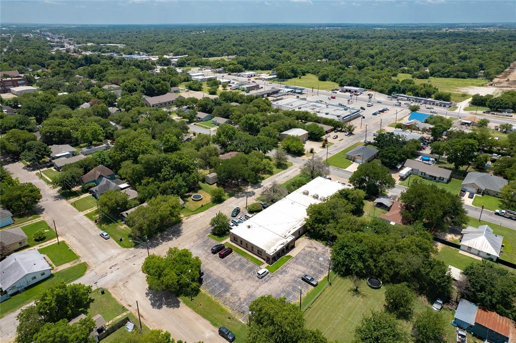 1300 Anglin  Street, Cleburne, Texas 76031 - acquisto real estate best park cities realtor kim miller best staging agent