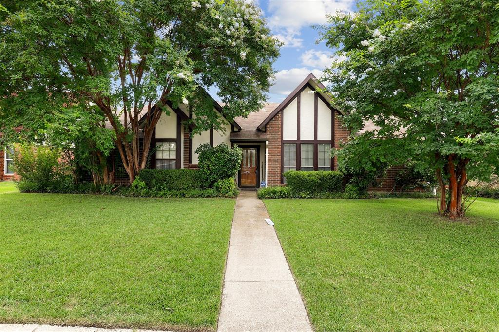 2522 Rosebud  Court, Carrollton, Texas 75006 - Acquisto Real Estate best plano realtor mike Shepherd home owners association expert