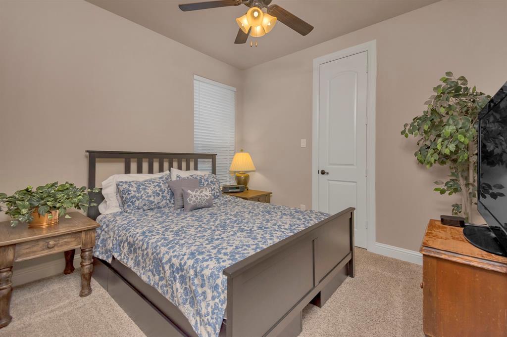 417 Chestnut  Lane, Roanoke, Texas 76262 - acquisto real estate best looking realtor in america shana acquisto