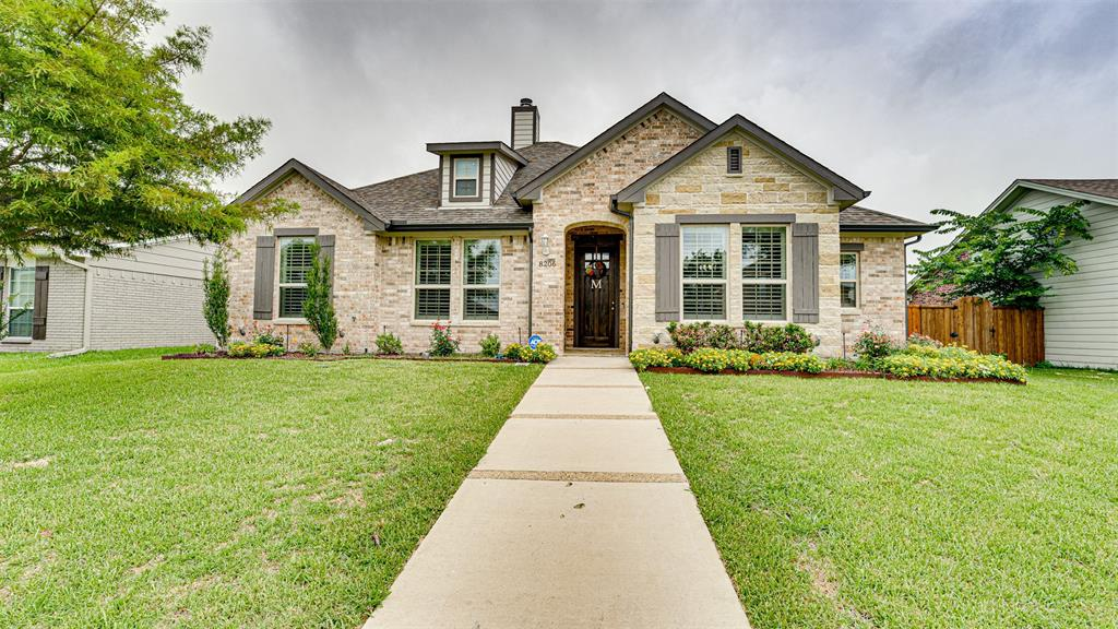8206 Chesham  Drive, Rowlett, Texas 75088 - Acquisto Real Estate best plano realtor mike Shepherd home owners association expert
