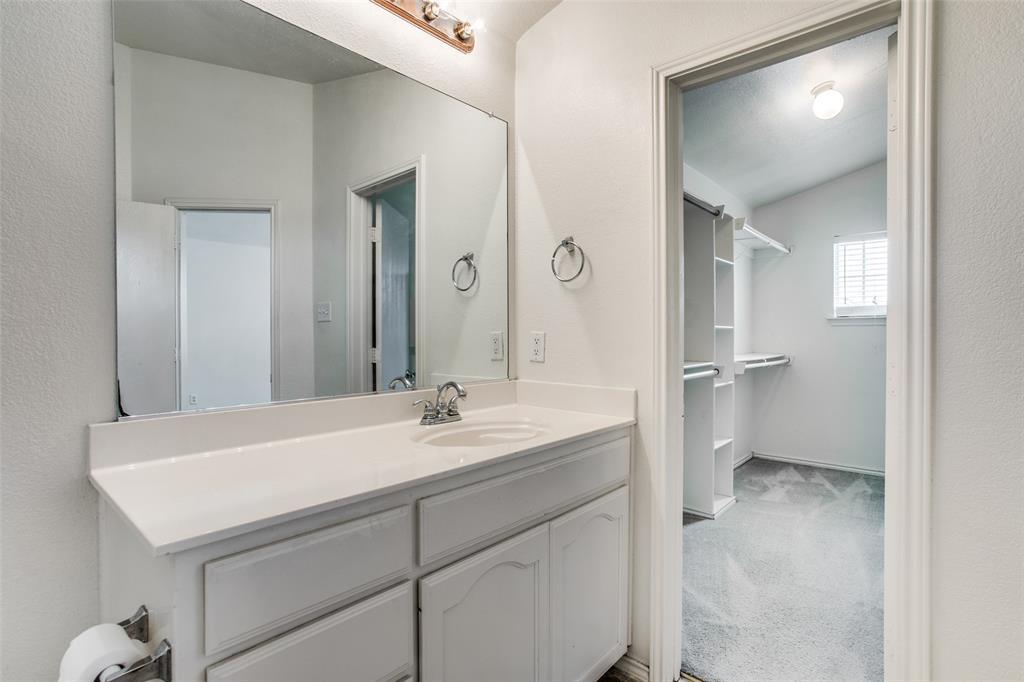 6405 Geneva  Lane, Fort Worth, Texas 76131 - acquisto real estate best style realtor kim miller best real estate reviews dfw