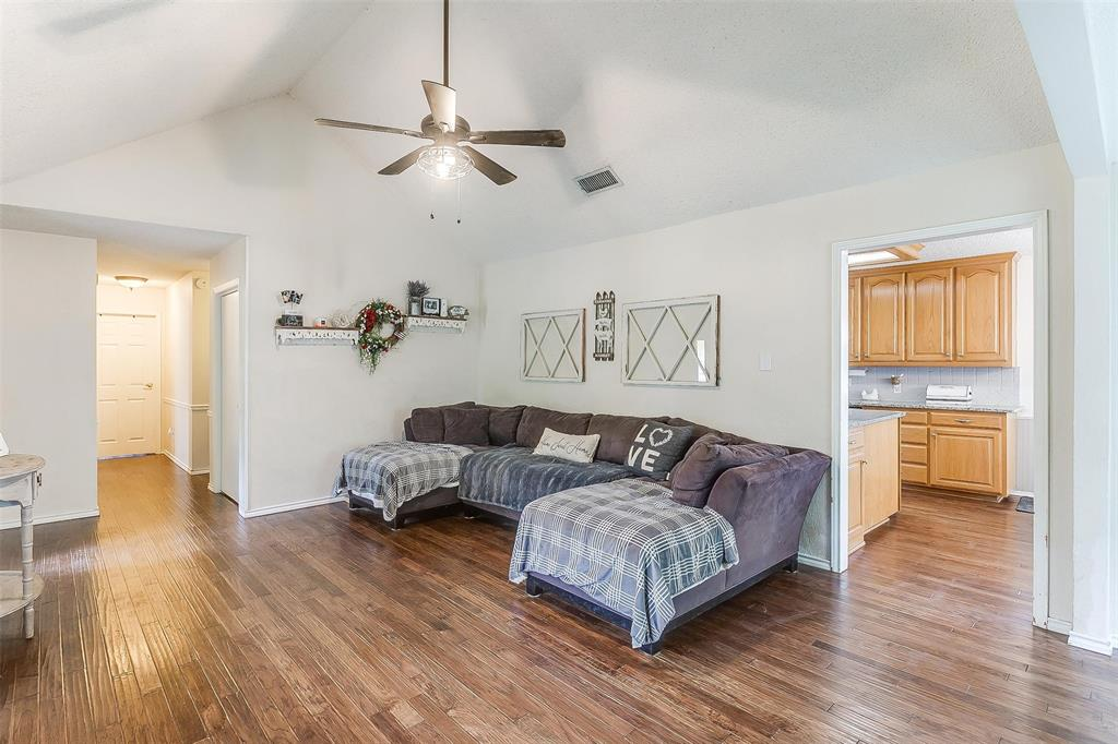 6110 Dick Price  Road, Fort Worth, Texas 76140 - acquisto real estate best new home sales realtor linda miller executor real estate