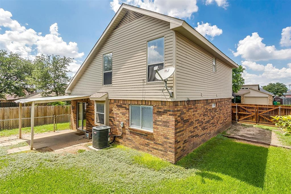6028 Hillglen  Drive, Watauga, Texas 76148 - acquisto real estate best real estate follow up system katy mcgillen