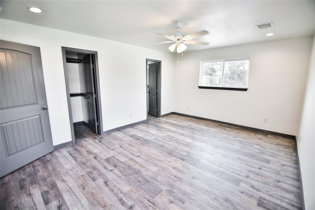 1128 Richmond  Avenue, Fort Worth, Texas 76104 - acquisto real estate best new home sales realtor linda miller executor real estate