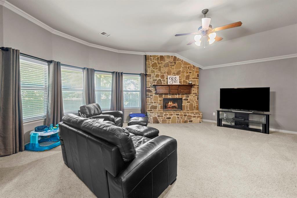 405 Bryn Mawr  Lane, Van Alstyne, Texas 75495 - acquisto real estate best designer and realtor hannah ewing kind realtor