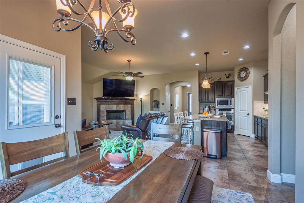 5617 Iceberg  Court, Midlothian, Texas 76065 - acquisto real estate best real estate company in frisco texas real estate showings